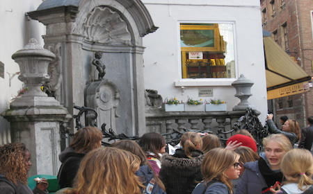 Food Travelist Brussels Belgium Manneken-Pis Tiny But Mighty