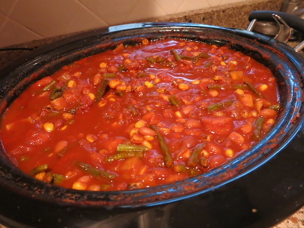 Southwestern Slow Cooker Veggie Chili
