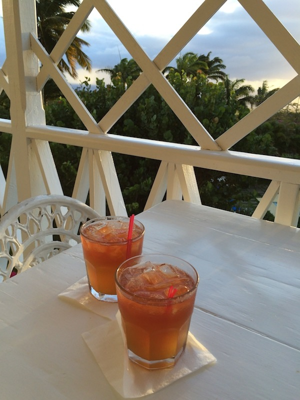 Welcome Rum Punch at Hermitage Plantation