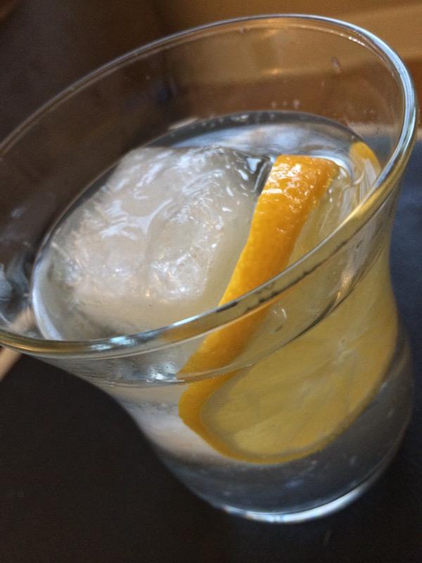 titos-handmade-vodka-signature-cocktail-tito's-vodka