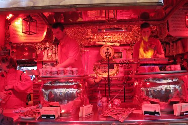 feuerzangenbowle-fire-tongs-punch-nuremberg-christmas-market-germany-food-travelist