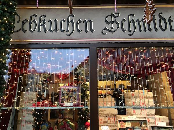 lebkuchen-schmidt-nuremberg-christmas-market-germany