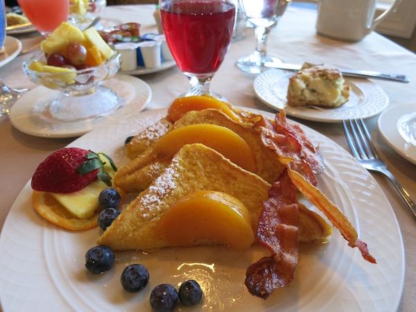 Full breakfast at the Goldmoor Inn, in Galena IL