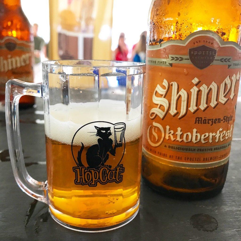 Oktobeerfest Shiner Oktoberfest Beer